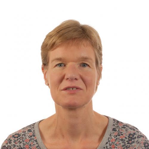 Dr Nicola Holden